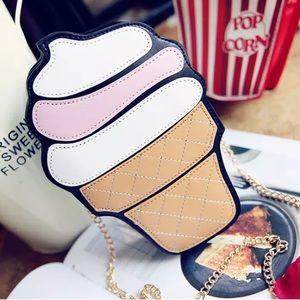 Handbags - Ice Cream Shoulder Purse.🍦🆕